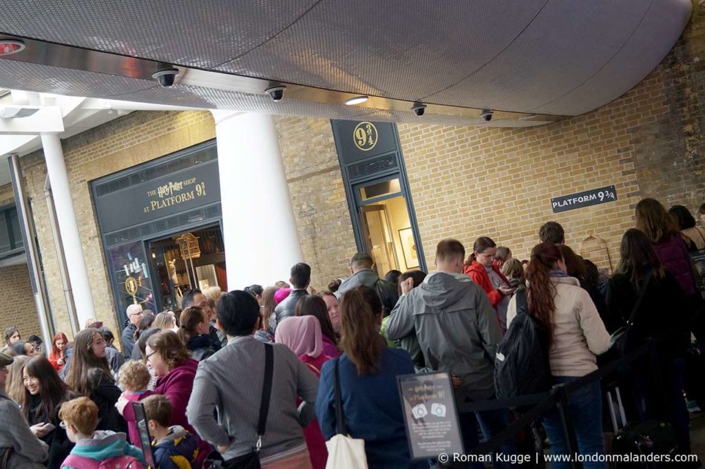 Gleis 9 34 Harry Potter Souvenir Shop London