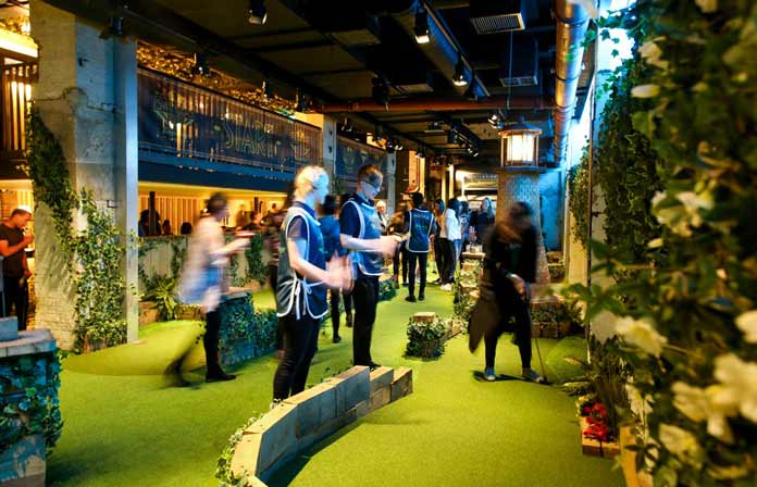 Swingers Minigolf Bar London